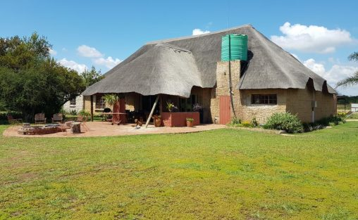 Game Lodge & Game Reserve House